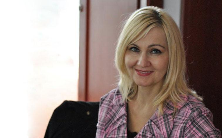 Despre depresie și punți de legătură – scurt dialog cu psihoterapeutul Doina Inklovits